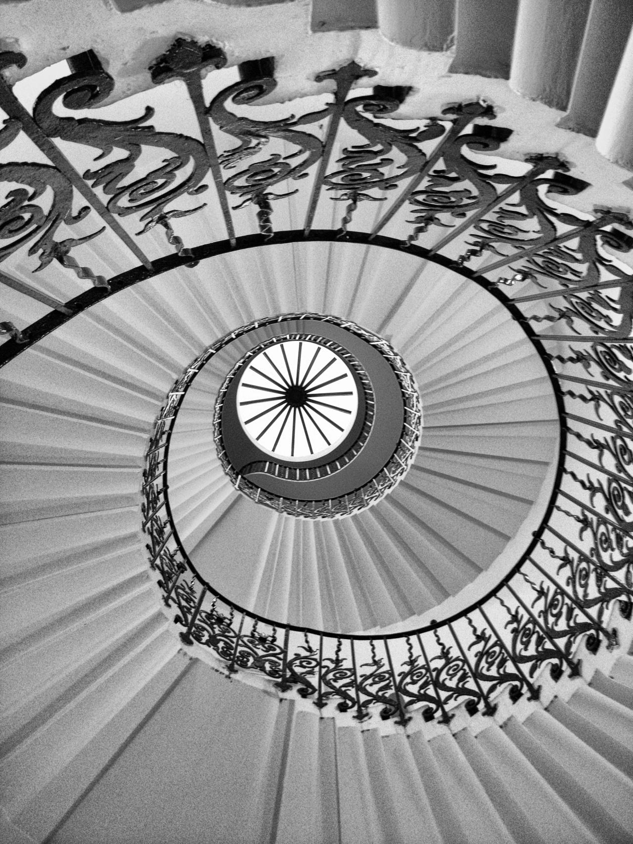 Queen's Spiral